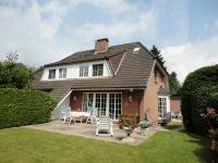 Exklusive Doppelhaushälfte in bester Lage in Niendorf