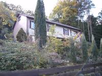 Courtagefrei – Ein-/Zweifamilienhaus in Hanglage mit Elbblick!