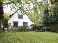 Renoviertes Einfamilienhaus mit großem Garten zur Miete in Niendorf