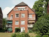 Moderne 2-Zi.-Mietwohnung  in idyllischer Ortskernlage  in Rellingen