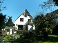 -Liebhaberobjekt! Traumhaftes Einfamilienhaus in Top-Lage in Niendorf