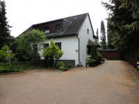 Dreifamilienhaus in guter Lage in Eidelstedt