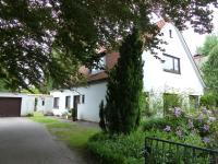 Einfamilienhaus mit Einliegerwohnung in Niendorf