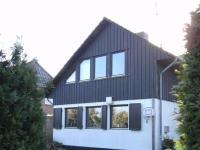 Großzügiges Einfamilienhaus in ruhiger Lage mit großem Garten in Ellerbek