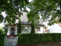 Renoviertes Einfamilienhaus mit wunderschönem Garten zur Miete in Norderstedt